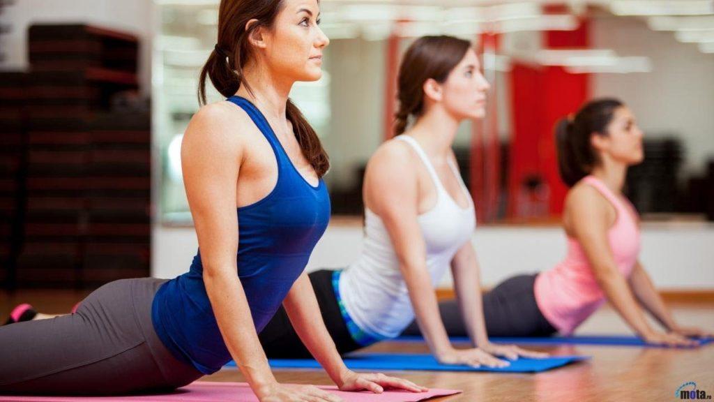 4 Sports Hunks Using Yoga to Keep Their Bodies Supple