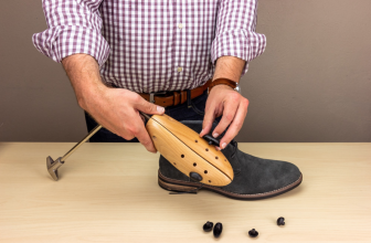 5 Things to Check When Buying the Right Shoe Stretchers